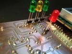 Für die LEDs am besten Buchsenleisten vorsehen.